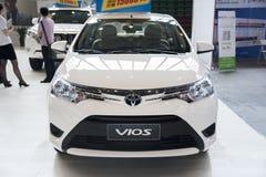 άσπρο αυτοκίνητο vios της TOYOTA στοκ φωτογραφία με δικαίωμα ελεύθερης χρήσης