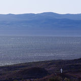 Άσπρο διαγώνιο σοβαρό μνημείο ερήμων Μοχάβε στοκ εικόνες