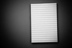 Άσπρο ευθυγραμμισμένο σημειωματάριο Στοκ Εικόνες
