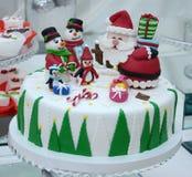 Άσπρο κέικ Χριστουγέννων Στοκ εικόνες με δικαίωμα ελεύθερης χρήσης