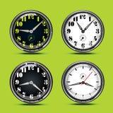 Άσπρο και μαύρο ρολόι πινάκων διανυσματική απεικόνιση