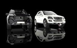 Άσπρο και μαύρο SUVs Στοκ φωτογραφίες με δικαίωμα ελεύθερης χρήσης