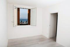 Άσπρο κενό δωμάτιο Στοκ εικόνες με δικαίωμα ελεύθερης χρήσης