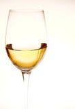 άσπρο κρασί γυαλιού Στοκ Εικόνες