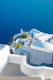 Άσπρο κτήριο στο νησί Santorini, Oia, Ελλάδα Στοκ Φωτογραφία