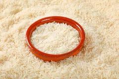 Άσπρο μακρύ κοκκιώδες ρύζι Στοκ Εικόνες