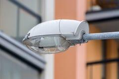 Άσπρο μετα κεφάλι λαμπτήρων οδών Στοκ Φωτογραφίες