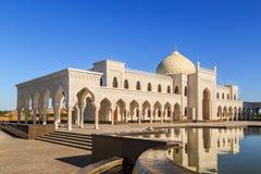 Άσπρο μουσουλμανικό τέμενος Στοκ Φωτογραφίες