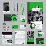 Άσπρο πρότυπο ταυτότητας με τα στοιχεία origami Διανυσματική επιχείρηση ST Στοκ φωτογραφία με δικαίωμα ελεύθερης χρήσης