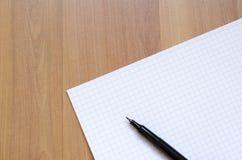 Άσπρο σημειωματάριο Στοκ Φωτογραφίες