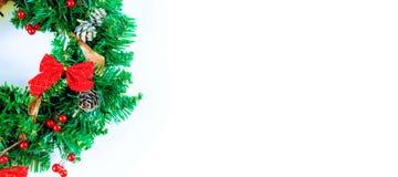 άσπρο στεφάνι Χριστουγένν&om Στοκ Φωτογραφία