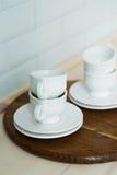 Άσπρο τσάι που τίθεται σε έναν δίσκο, πίνακας κουζινών Στοκ Εικόνα