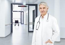 Άσπρο υπόβαθρο γιατρών Στοκ Φωτογραφία