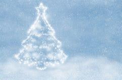 Άσπρο χριστουγεννιάτικο δέντρο Στοκ εικόνες με δικαίωμα ελεύθερης χρήσης