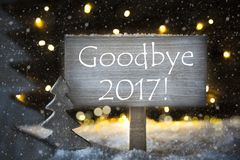 Άσπρο χριστουγεννιάτικο δέντρο, κείμενο αντίο το 2017, Snowflakes Στοκ φωτογραφία με δικαίωμα ελεύθερης χρήσης