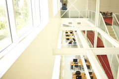 Άσπρο δωμάτιο μελέτης Στοκ φωτογραφίες με δικαίωμα ελεύθερης χρήσης
