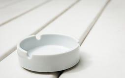 Άσπρο ashtray Στοκ Φωτογραφία