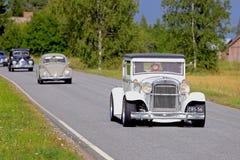 Άσπρο Essex έξοχα έξι 1929 που ταξιδεύει στη εθνική οδό Στοκ εικόνα με δικαίωμα ελεύθερης χρήσης
