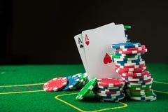 άσσος δύο στο παιχνίδι πόκερ Στοκ Εικόνες
