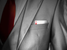 Άσσος των καρδιών στην τσέπη κοστουμιών Στοκ Φωτογραφία