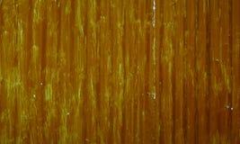 Άσχημα χρωματισμένο κυματισμένο πορτοκαλί υπόβαθρο φύλλων μετάλλων Στοκ φωτογραφία με δικαίωμα ελεύθερης χρήσης
