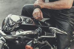 Άτομο έτοιμο για το ταξίδι στη μοτοσικλέτα Στοκ Εικόνα