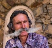 Άτομο με επιμελημένο mustache Στοκ φωτογραφία με δικαίωμα ελεύθερης χρήσης
