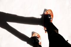 Άτομο με τα κοτλέ εσώρουχα με τα πλέγματα σχήματος ρακέτας με το ειδικό εφέ Στοκ Φωτογραφίες