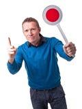 Άτομο με το σήμα Στοκ φωτογραφία με δικαίωμα ελεύθερης χρήσης