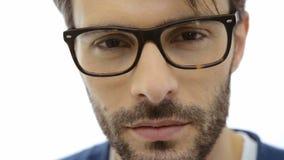 Άτομο με eyeglasses απόθεμα βίντεο