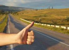 άτομο οδοιπόρων χεριών Στοκ Φωτογραφίες