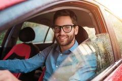 άτομο οδήγησης αυτοκινήτων Στοκ εικόνα με δικαίωμα ελεύθερης χρήσης
