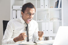 Άτομο που κουράζεται της εργασίας Στοκ εικόνα με δικαίωμα ελεύθερης χρήσης