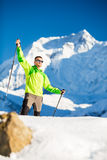 Άτομο που στα βουνά του Ιμαλαίαυ στο Νεπάλ Στοκ Εικόνα