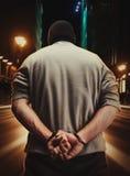 Άτομο που συλλαμβάνεται συνεπεία του εγκλήματός του Στοκ εικόνα με δικαίωμα ελεύθερης χρήσης