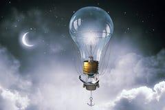 Άτομο που ταξιδεύει στο αερόστατο Μικτά μέσα Στοκ εικόνες με δικαίωμα ελεύθερης χρήσης