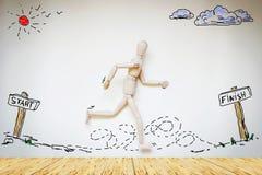 Άτομο που τρέχει από την αρχή έως το τέλος Στοκ εικόνες με δικαίωμα ελεύθερης χρήσης
