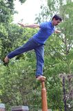 Άτομο σε έναν πόλο Ένας αθλητισμός της Ινδίας Tom Wurl Στοκ φωτογραφία με δικαίωμα ελεύθερης χρήσης