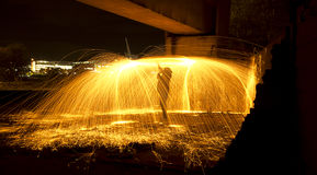 Άτομο στην πυρκαγιά Στοκ Φωτογραφίες