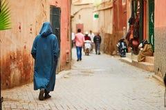 Άτομο στη μαροκινή αγορά στο Μαρακές, Μαρόκο Στοκ Εικόνες