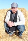 Άτομο στο αγρόκτημα Στοκ φωτογραφία με δικαίωμα ελεύθερης χρήσης