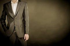 Άτομο στο κοστούμι στοκ φωτογραφία