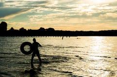 Άτομο στο ύδωρ Στοκ φωτογραφία με δικαίωμα ελεύθερης χρήσης