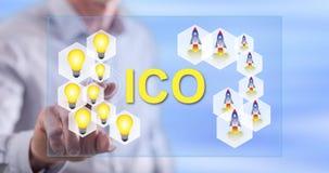 Άτομο σχετικά με μια έννοια ico Στοκ εικόνες με δικαίωμα ελεύθερης χρήσης