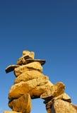 Άτομο σωρών βράχου τύμβων Στοκ Φωτογραφίες