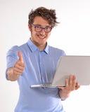 Άτομο υπολογιστών Στοκ φωτογραφία με δικαίωμα ελεύθερης χρήσης