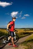 Άτομο Biking στοκ φωτογραφία με δικαίωμα ελεύθερης χρήσης