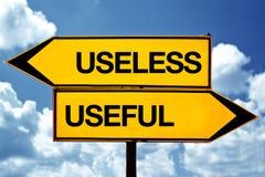 Άχρηστος ή χρήσιμος στοκ εικόνα με δικαίωμα ελεύθερης χρήσης