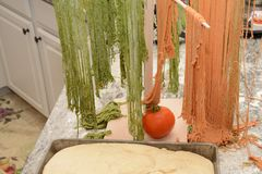 Άψητη ζύμη ζυμαρικών και ψωμιού Στοκ φωτογραφίες με δικαίωμα ελεύθερης χρήσης