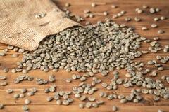 Άψητος πράσινος καφές στοκ φωτογραφία με δικαίωμα ελεύθερης χρήσης